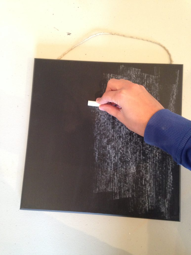 fusion-mineral-paint_make-your-own-chalkboard-with-fusion™-mineral-paint_02