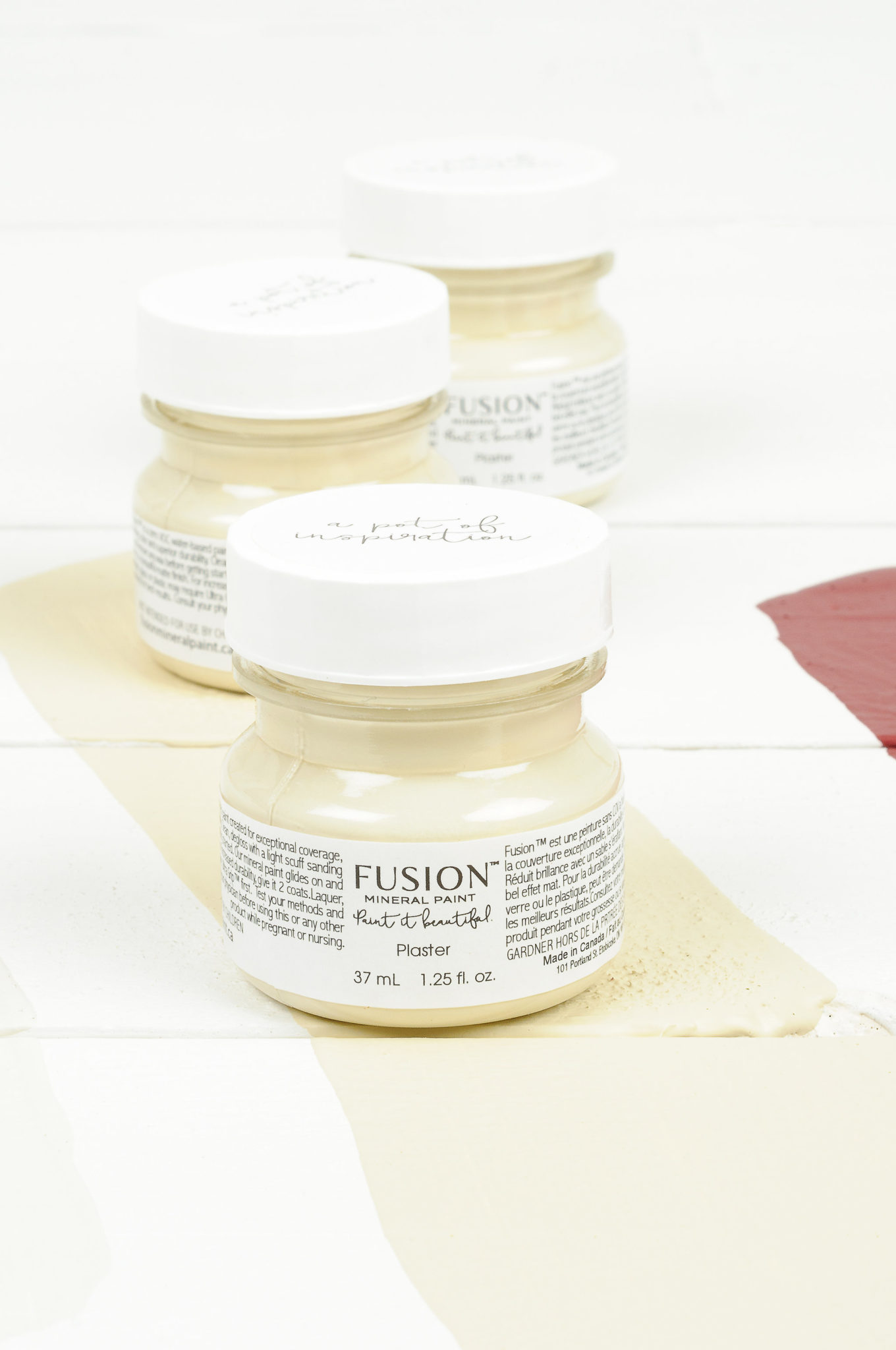 Plaster tester fusion mineral paint